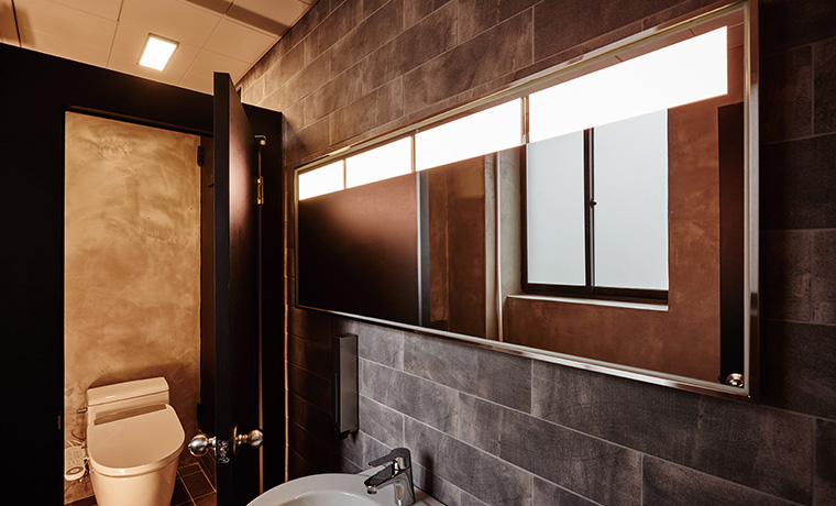 Mirror Lighting with OLEDs was installed in High-end Hospitality